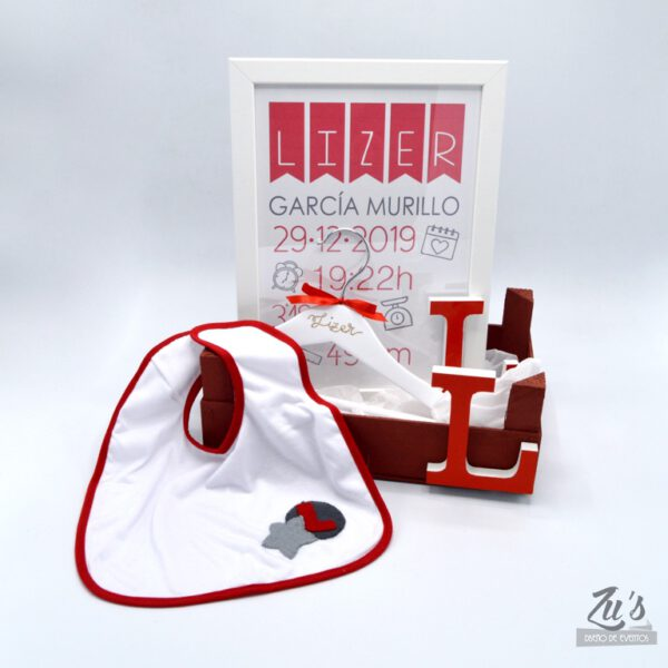 caja nacimiento roja